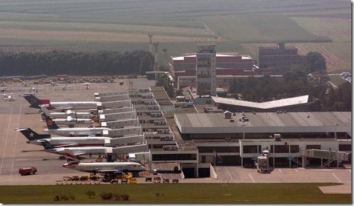 aerodrom beograd 2907 2005snimio o. radosevic
