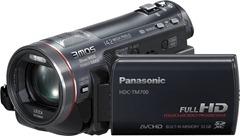 Panasonic-TM700 ima 32 GB ugrađene memorije, a može da koristi i memorijske kartice