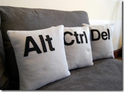 ctrl-alt-del-pillows_1