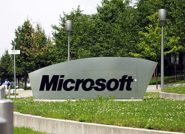 800pxmicrosoft_sign_on_german_campus.jpg