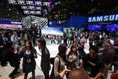 Samsung_CES2011_09