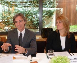 Antonio Passarella, direktor prodaje kompanije Ericssonu u Srbiji, Crnoj Gori, Makedoniji i Albaniji i Milena Matic, menadzerka kompanije Ericsson za marketing i strategiju