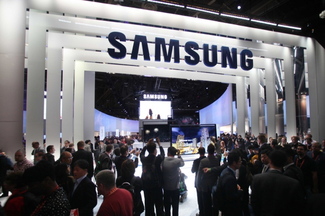 CES2013_Samsung_Electronics_booth_1manja