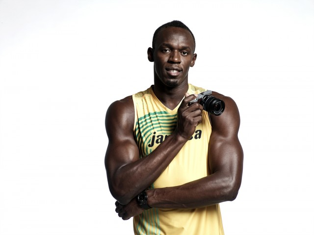 [Main] Usain Bolt with NX300-1