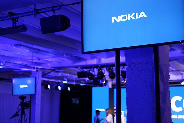 Lumia 1520 ipak u oktobru