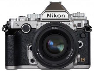 Nikon-Df-spreda