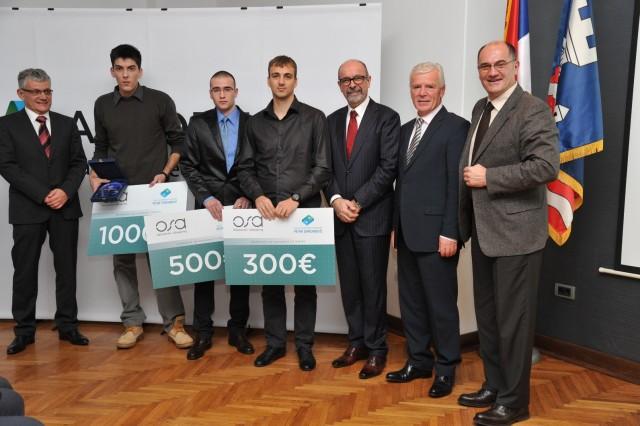 Dobitnici nagrada sa predstavnicima kompanije OSA racunarski inzenjering