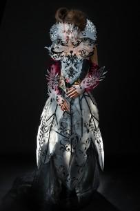 Foto Bojan Dzodan, kostim Katarina Radovic, maska Aleksandar Skoric