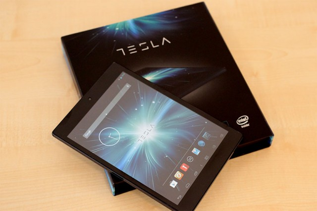 Tesla-tablet58
