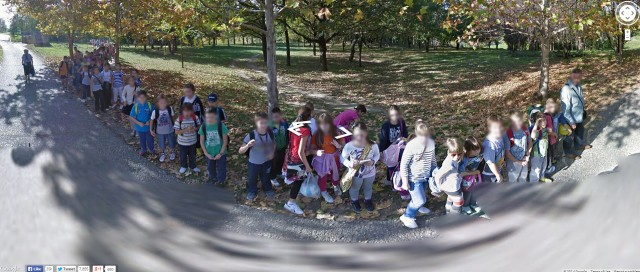 google-street-view-serbian-kids