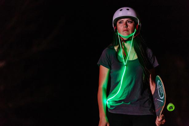 glow-smart-headphones-with-laser-light6