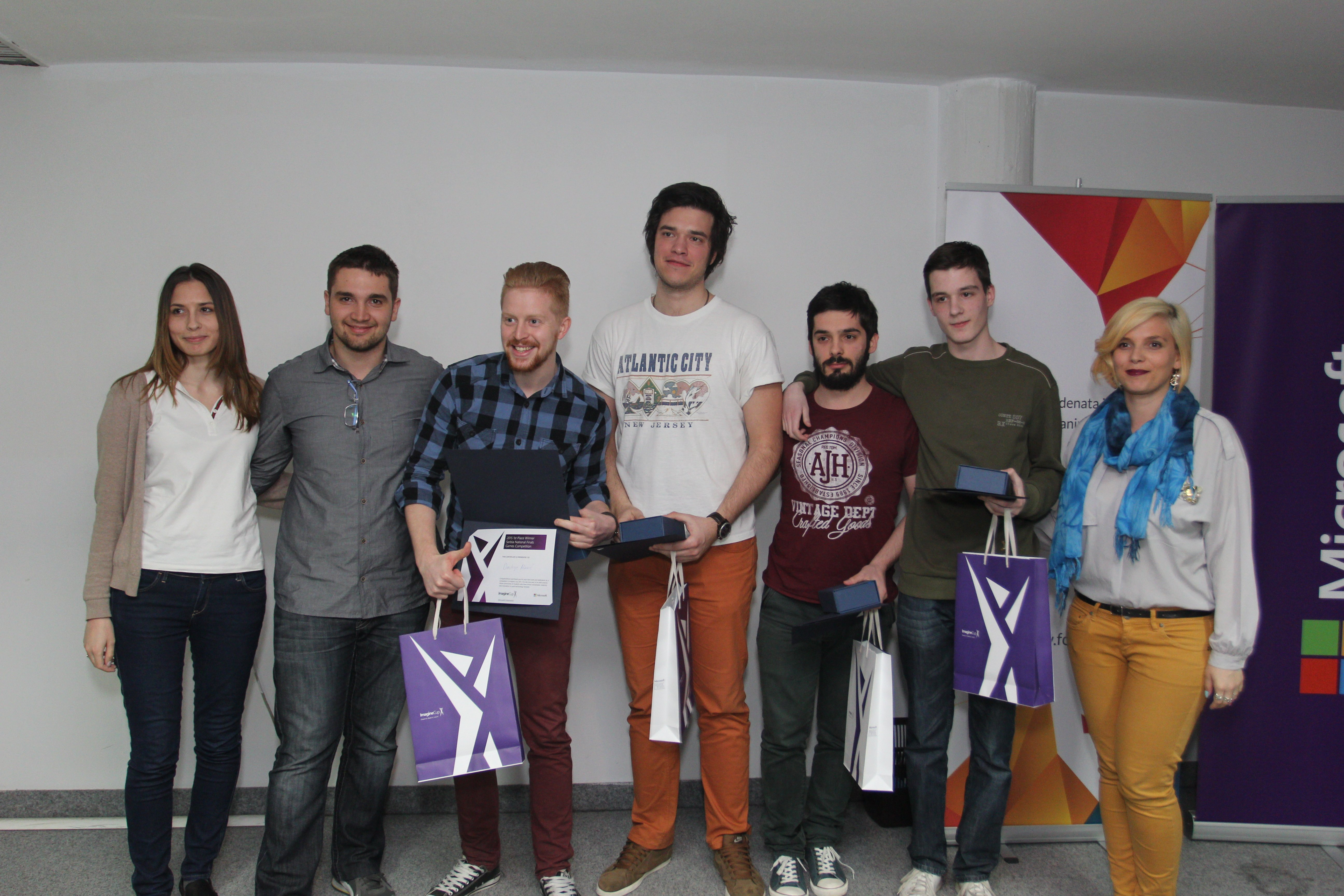 Tim Gang of 4 - pobednici Games kategorije