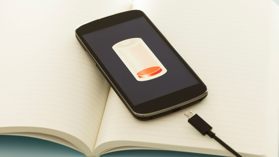 Tips-And-Tricks-For-Getting-Better-Smartphone-Battery-Life-Featured-Image