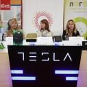 U ponudi Telekoma Tesla tableti sa posebnom aplikacijom za decu - Maša i Raša