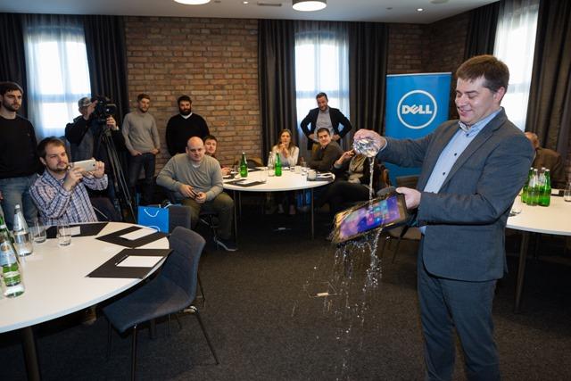 Dell Latitude Rugged testiranje otpornosti na vodu