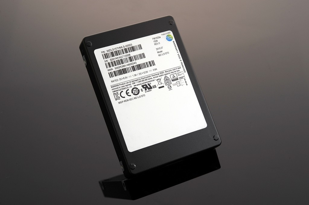 15.36TB-SSD_01