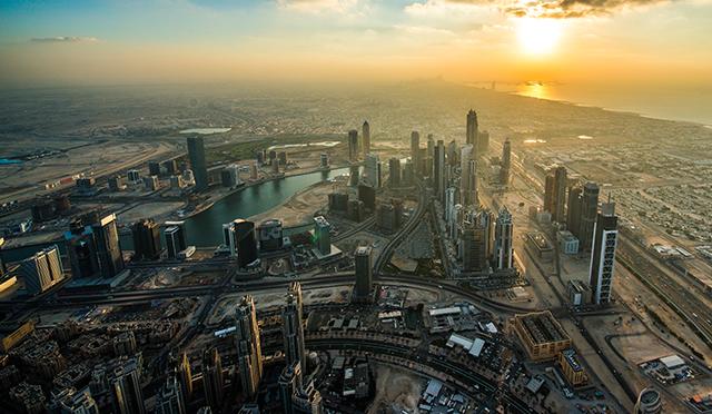 Dubai_Sunset_from_Burj_Khalifa