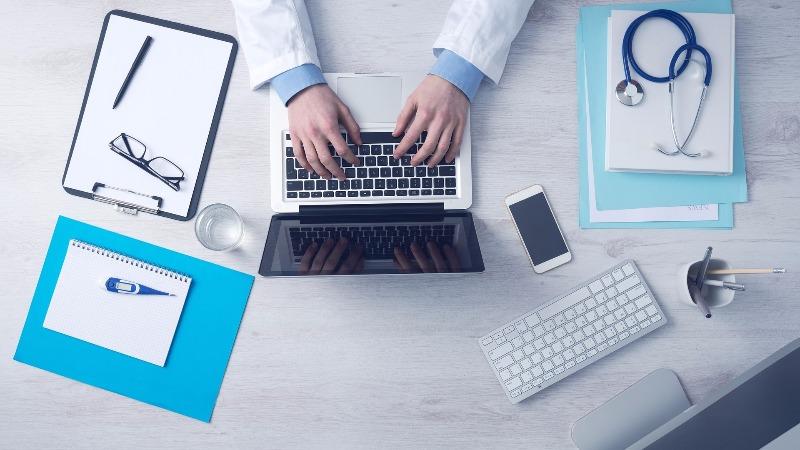 doktorka internet lečenje
