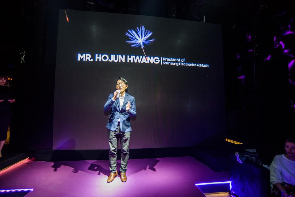 Hojun Hwang